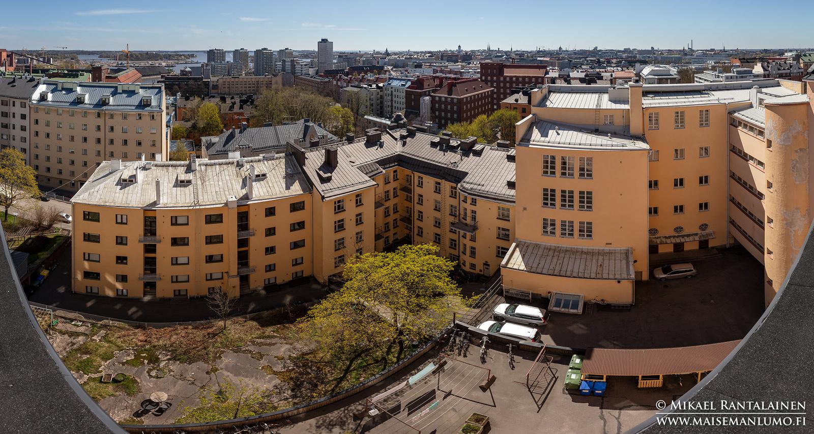 Panoraama Agricolankatu 4:n katolta, Helsinki (HP186)