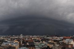 Klaara-myrskyn vyörypilvi saapuu, Hotelli Torni, Helsinki (HP159)
