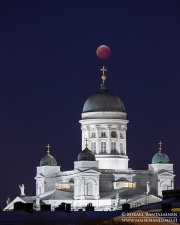 Täydellinen kuunpimennys ja Tuomiokirkko, Helsinki