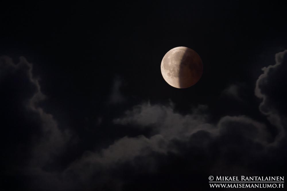 Osittainen kuunpimennys