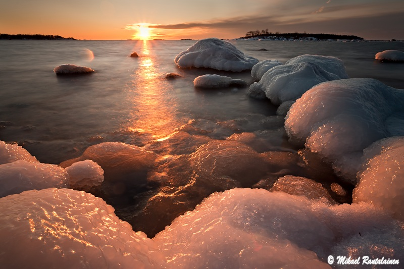 Talviaamu, Lauttasaari, Helsinki