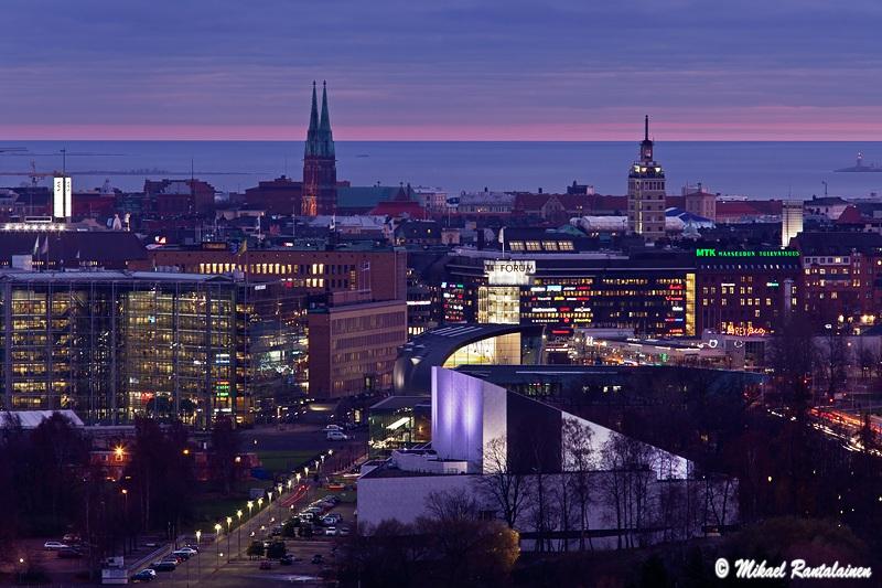 Finlandia-talo ja keskusta Stadionin tornista