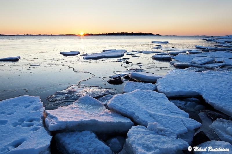 Auringonnousu Vattuniemessä, Lauttasaari, Hesinki