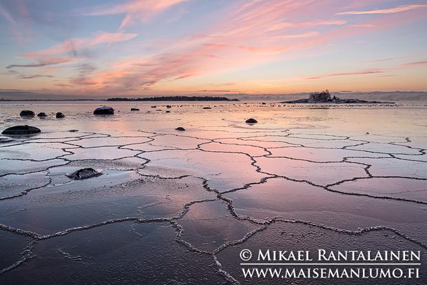 Meri jäätyy, Lauttasaari, Helsinki (15.1.2014)