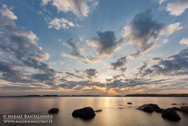 Auringonlasku Lautasaaressa, Helsinki