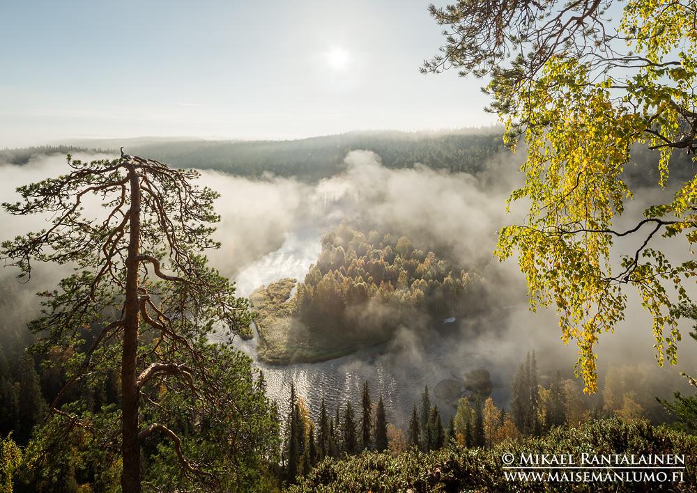Päähkänäkallio, Kitkajoki, Kuusamo / Linkki Kuusamo - Syksy I -galleriaan