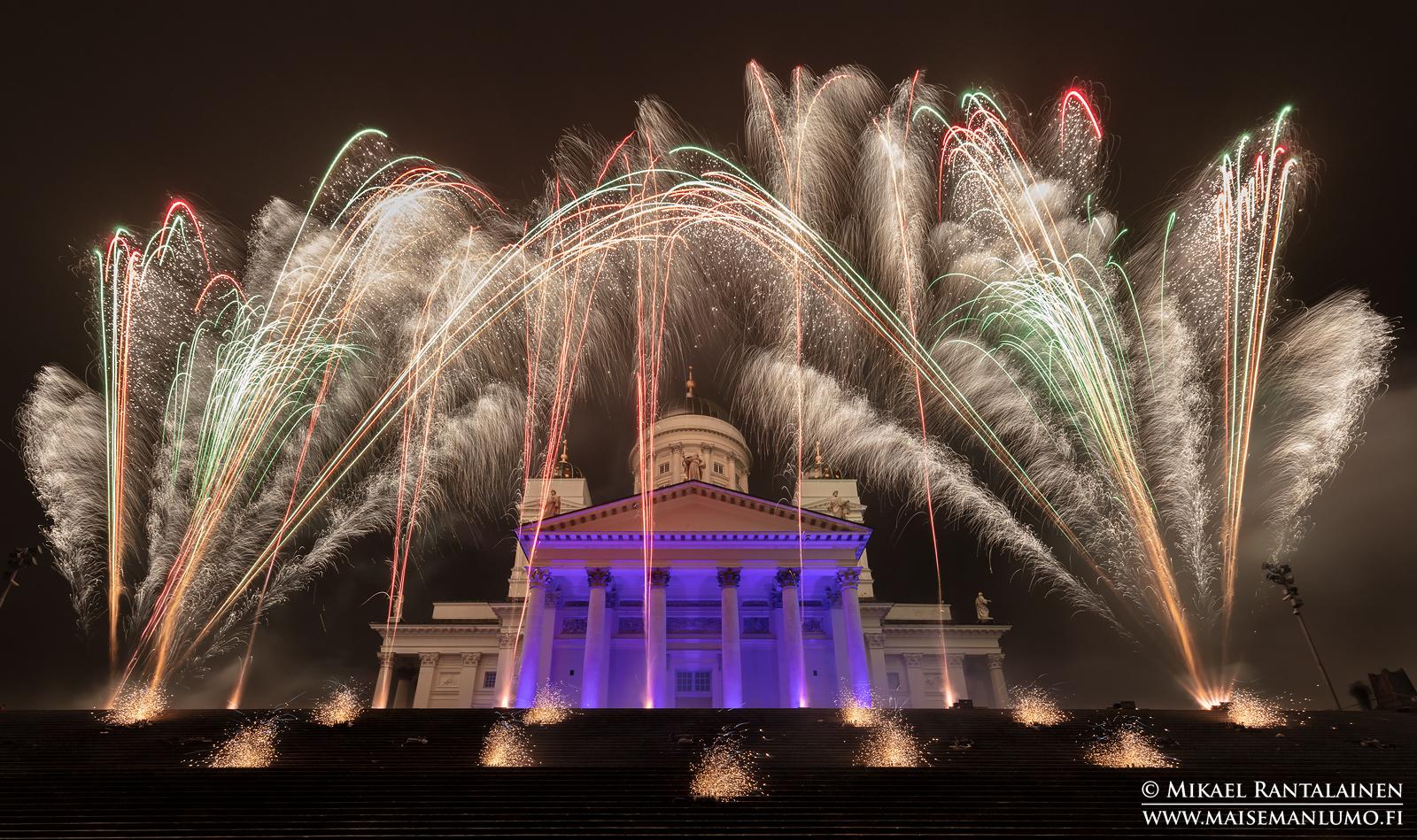 Senaatintorin uudenvuoden ilotulitus 2019, Helsinki
