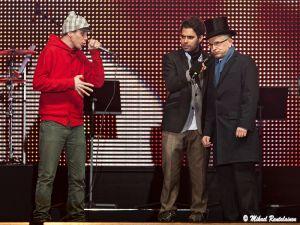 Jussi Pajunen beatboxaa Felix Zengerin ohjeiden mukaan, Uudenvuoden juhla, Senaatintori, Helsinki